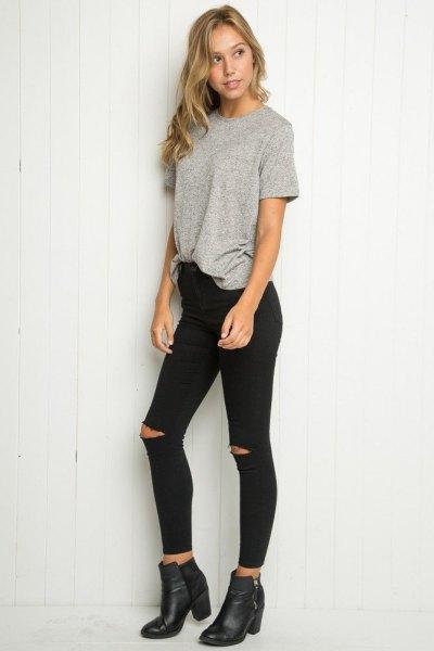 grå överdimensionerad t-shirt med svarta skinny jeans