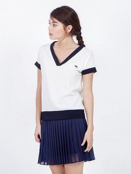 Vit och Navy Sailor T-Shirt Plisserad Mini Kjol