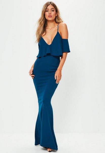 blå fishtail maxiklänning ruffle topp design