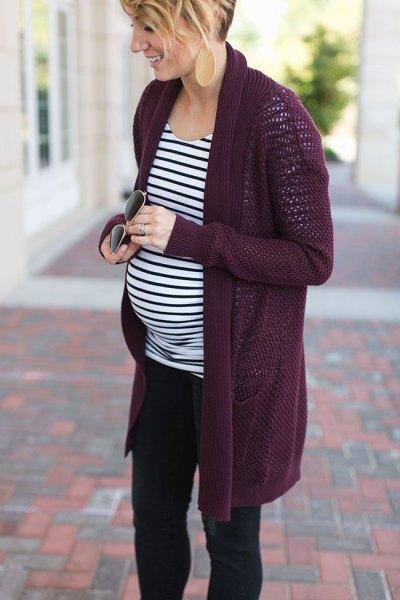 Svart moderskapjacka med långa ränder och randig långärmad T-shirt med avslappnad passform
