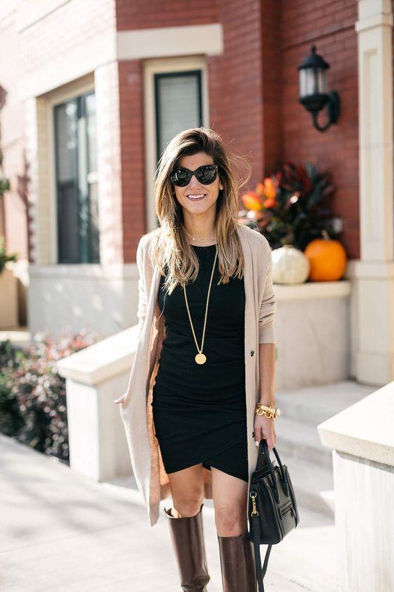 brun ridkängaklänning