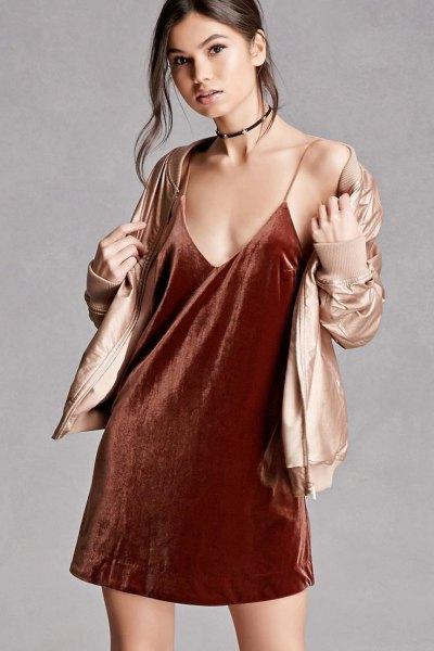 Burgundy Velvet Slip Dress Guld Bomberjacka