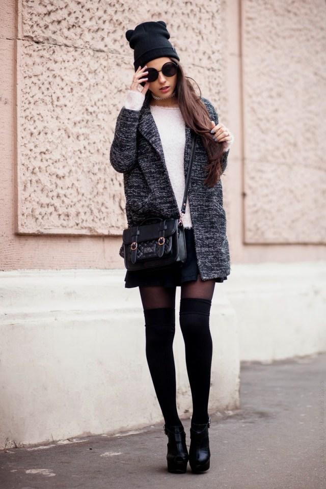 tweed blazer med höga strumpor