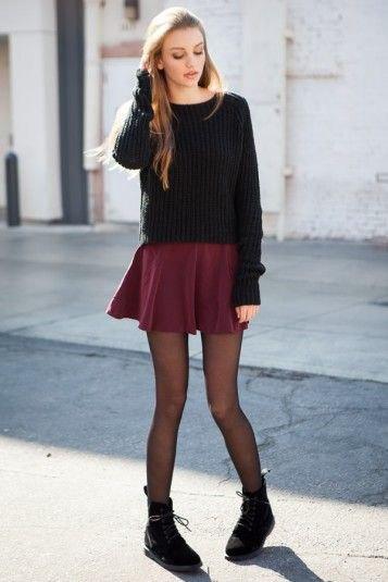 svart stickad tröja mini kjol leggings stövlar