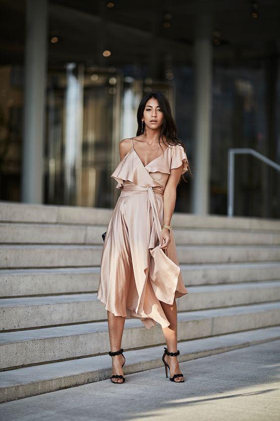 Mocka klackar silke klänning persika