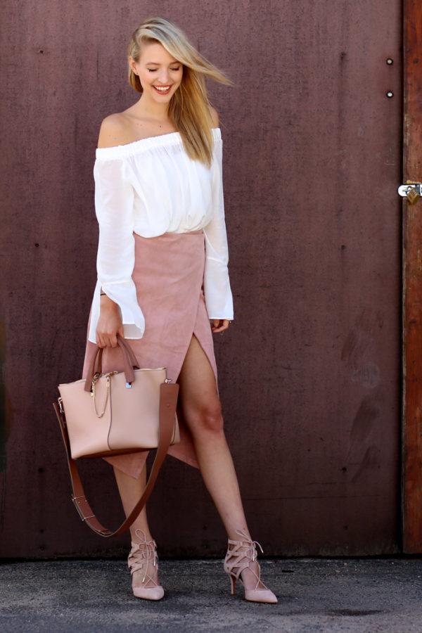 Mocka klackar mjuk rosa kjol