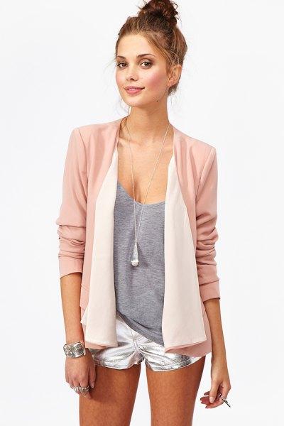 rosa chiffong blazer silver shorts