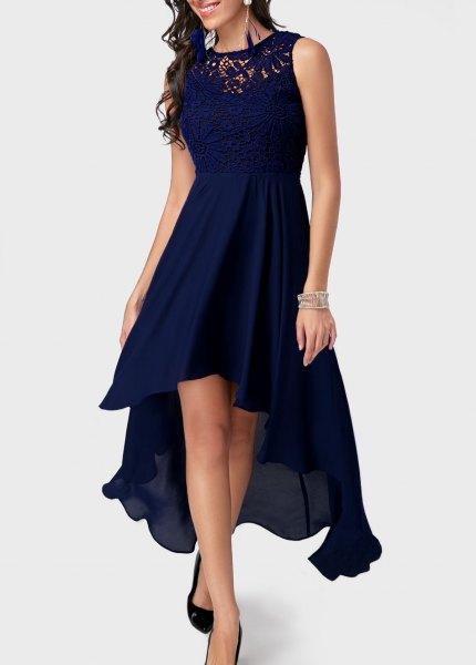 mörkblå hög låg midi flare cocktail klänning
