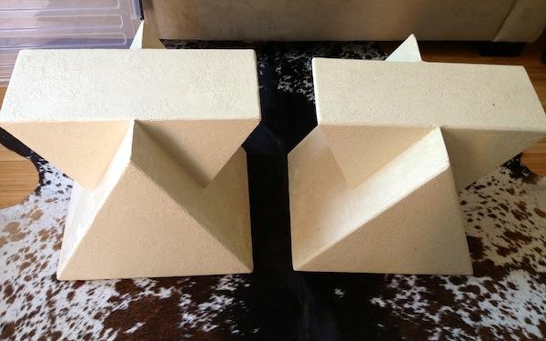 Fredagsfynd / geometriska möbler - Stone Texti