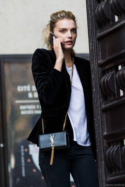 svart sammet blazer vit t-shirt outfit