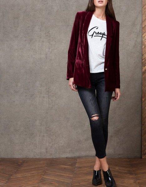svart sammet blazer vit tryckt t-shirt skinny jeans