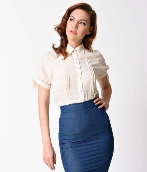 vit vintage skjorta med veck och monterad midikjol i marinblått