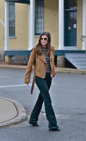 flared sammet jeans med brun mocka mocka jacka