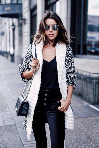 vit och svart tryckt longline kofta med sammet byxor