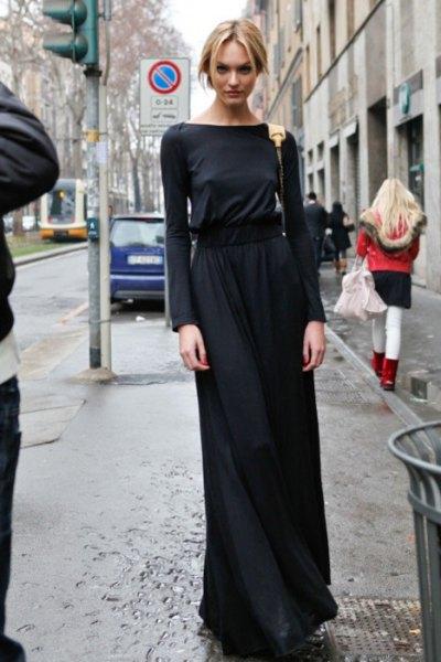 svart maxiklänning i långärmad tröja