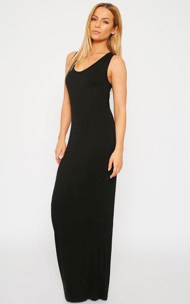 svart enkel ärmlös maxiklänning