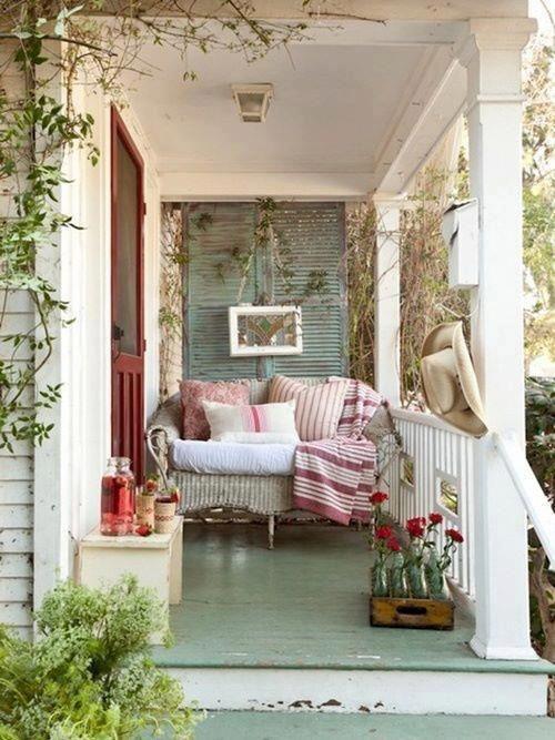 63 Joyful Summer Porch Décor Ideas - DigsDi