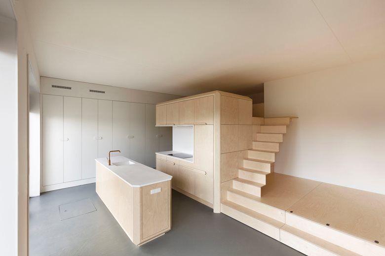 Loft Buiksloterham    heren 5 architecten    Inbyggda möbler.