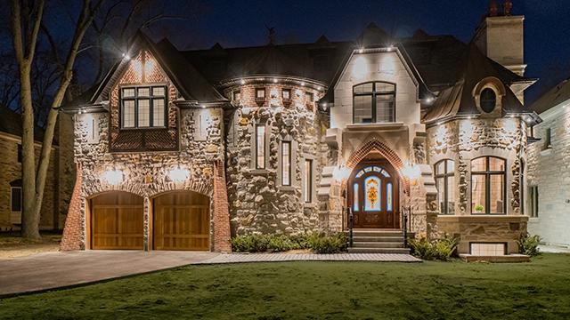 Veckans hus: spektakulära $ 3,3 mil medeltida-inspirerade hus i.
