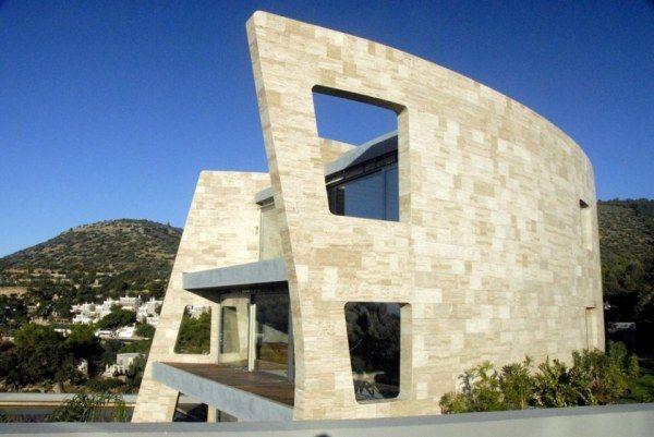 Heminredning: Modernt hus inspirerat av medeltida slott