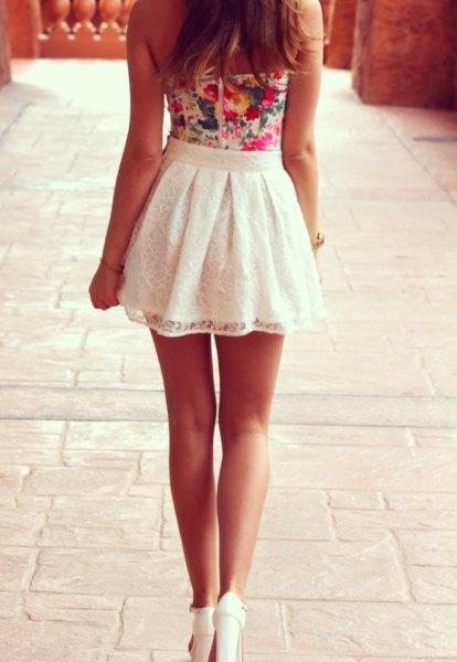 Dye slips tank top med vit spets hög midja skater mini kjol