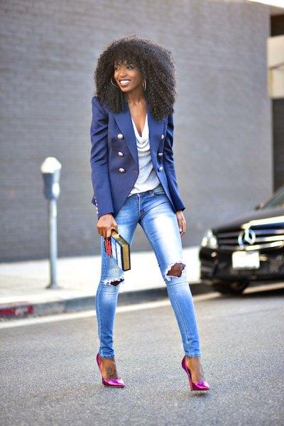 lila militär blazer med rippade skinny jeans