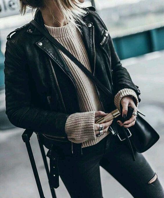 svart läder motojacka beige stickad