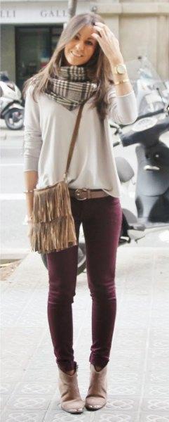 vita, löst sittande, vinrött skinny jeans