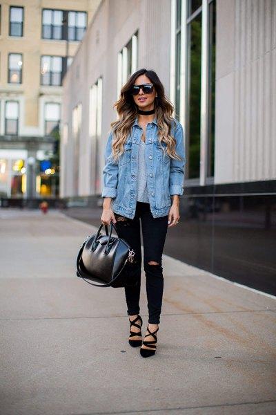 Pojkvän jeansjacka med svarta skinny jeans