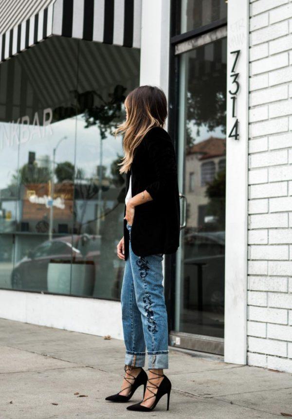 broderade jeans svart