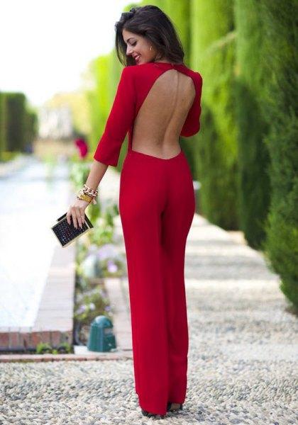 röd rygglös jumpsuit med vida ben