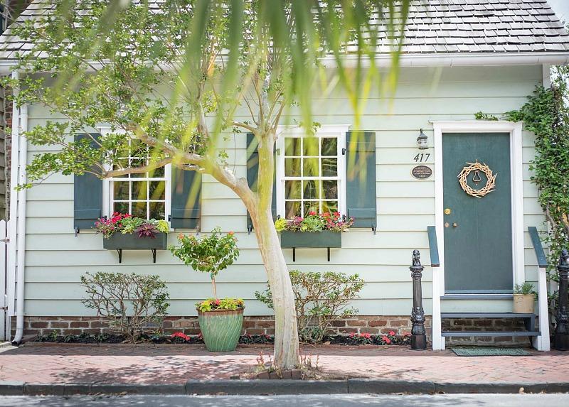 Freeman's Cottage i Savannahs Historic District - Hooked on Hous