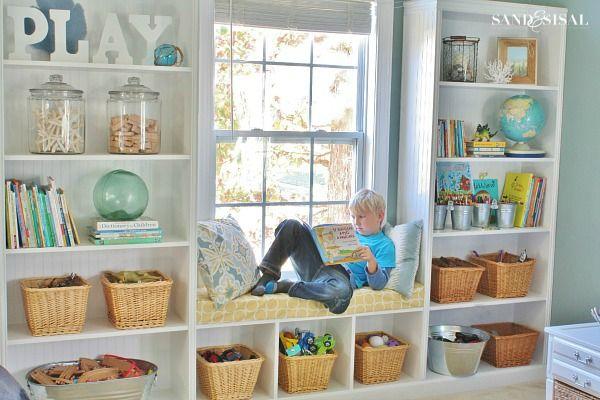 Idéer för förvaring av lekrum - dekorera inbyggda    Lekrumsförvaring.