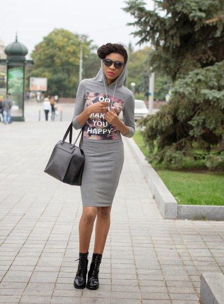 Bodycon miniklänning med grå tryckt huva