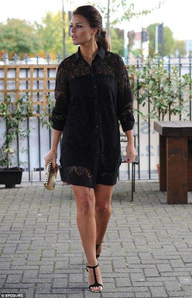 svart spetsskjortklänningdräkt