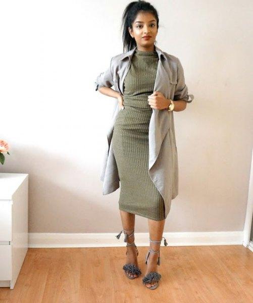 grå longline blazer med grön ribbad khaki klänning