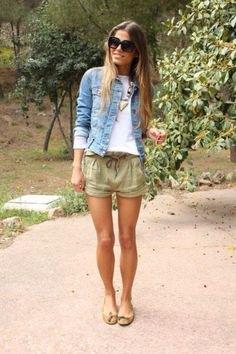 beige cargo shorts jeansjacka