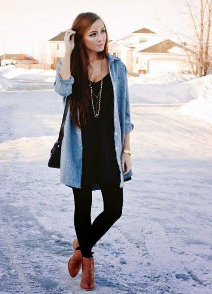 brun ankel stövlar svart t-shirt klänning leggings