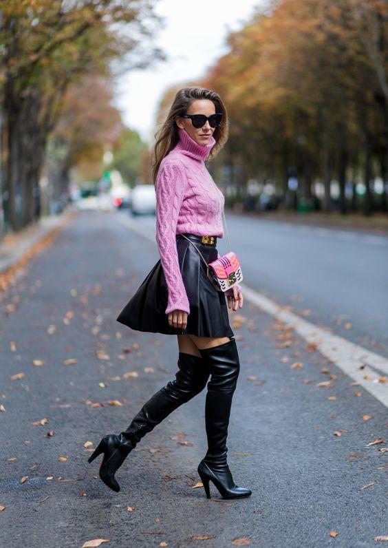 svart skater kjol läder rosa tröja