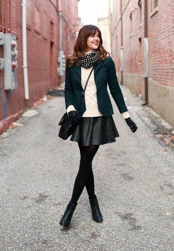 svart skater kjol smaragdgrön kavaj