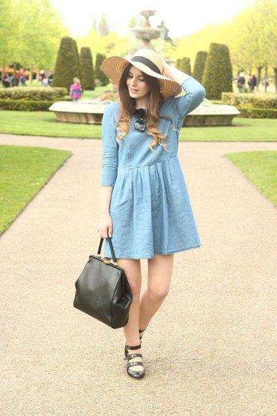 Blå flare mini klänning halm diskett hatt