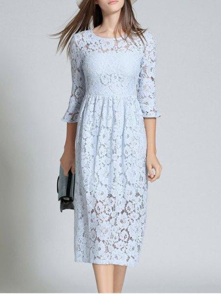 Tre fjärdedelar midi ljusblå spetsklänning