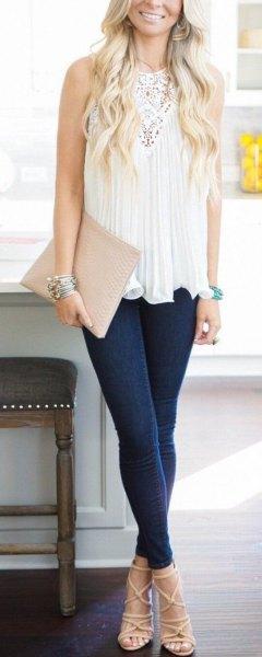 vit spets tunika topp mörkblå skinny jeans