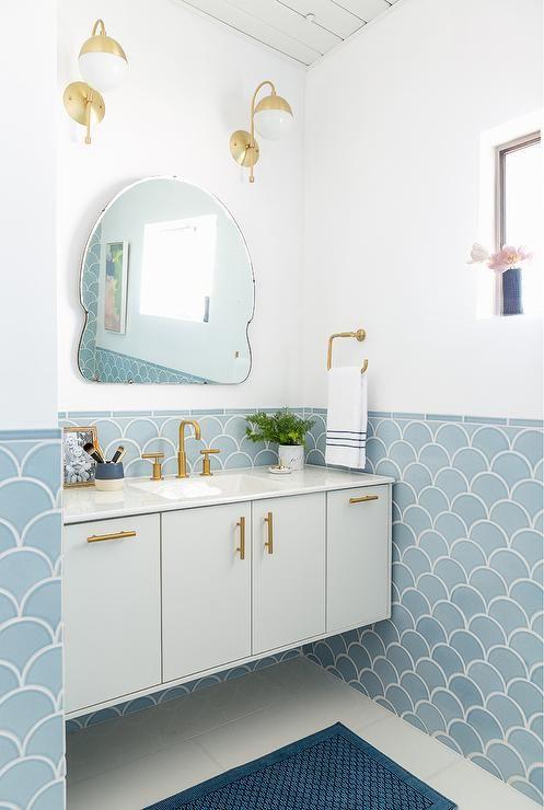 Badrumsdesign i blått och guld - samtida - badrum |  Badrum.