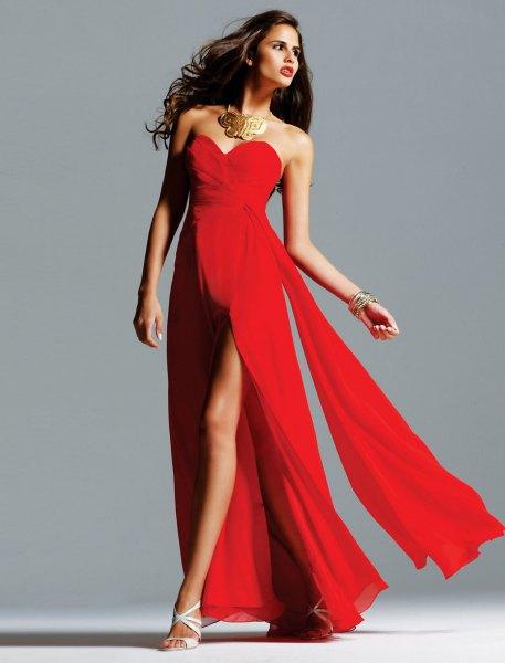 röd maxi flytande klänning med älskling hals