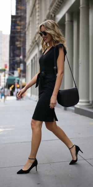 Tie midja svart skiftklänning