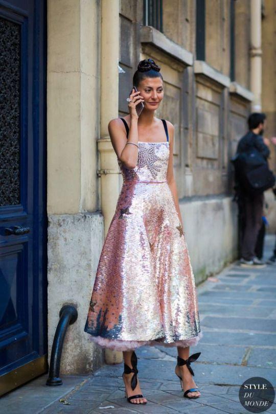 glittrande te-längd klänning