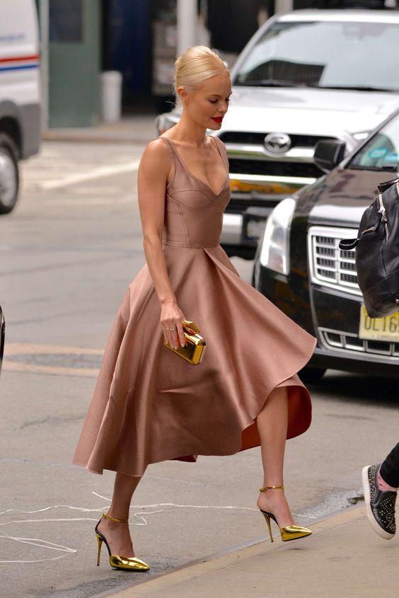 mjuk rosa te-längd klänning