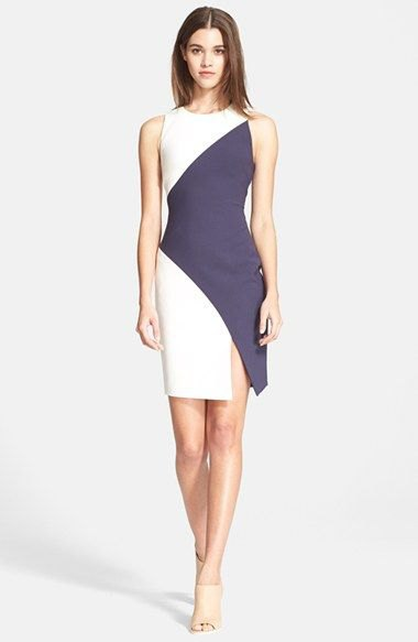 grå och vit diagonal miniklänning med färgblock