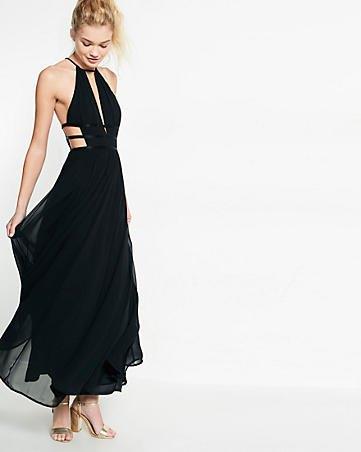 svart axelbandsklänning i maxi-chiffong